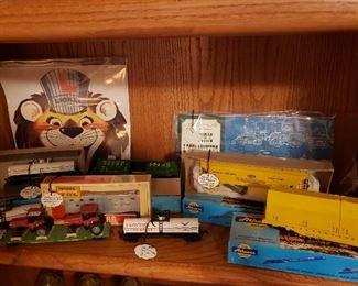 Several HO scale train cars
