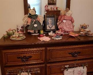 Dresser of King-size BR set