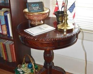 Mahogany Pedestal Table, Desk Lamp, Pottery