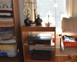 Lamps, Samsung VHC V2000 VHS Players, Portable Stand