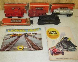Lionel Train Cars & Catalogs