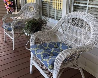 White wicker patio chairs