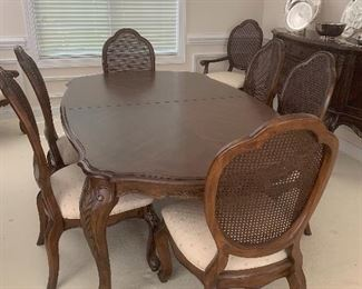 Solid wood dining table by Hickory-White - 8 chairs - two leaves