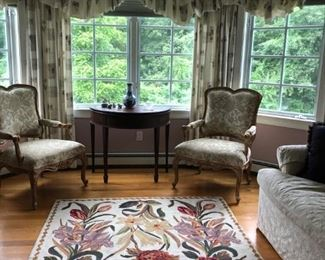 (1) 2 x antique chairs. (2) Large rug. (3) Wooden side table.