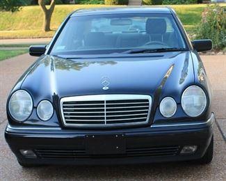 1989 Mercedes E320 very clean