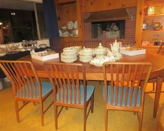 Svend Madsen large teak D/R MCM  dinning room table w 3 leaves