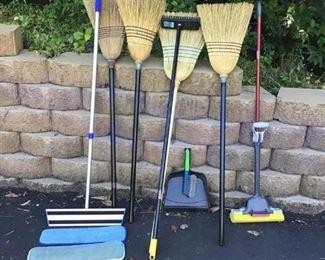 Household Cleaning Supplies https://ctbids.com/#!/description/share/233898