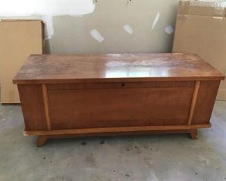 Furniture https://ctbids.com/#!/description/share/233904