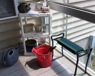 Plant Potting Equipment https://ctbids.com/#!/description/share/233910