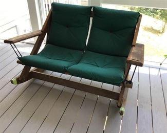 Porch Furniture https://ctbids.com/#!/description/share/233916