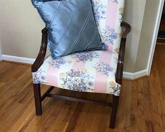 Arm Chair https://ctbids.com/#!/description/share/233921