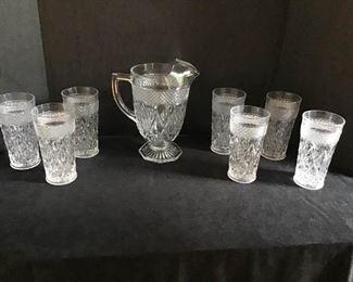 Vintage Glassware https://ctbids.com/#!/description/share/233936
