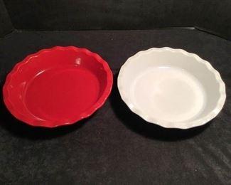 Ceramic Pie Plates https://ctbids.com/#!/description/share/234015