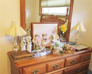 Beautiful Oak Queen Bedroom Set