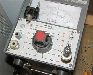Leader LMV-185A 2 Channel AC Millivoltmeter