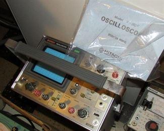 Hitachi V-202F Oscilloscope