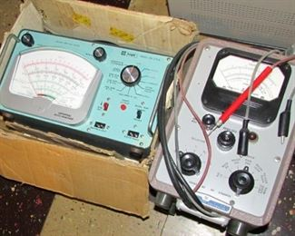 Knight KG-375A Universal Auto Analyzer & HP 410B Vacuum Tube Voltmeter