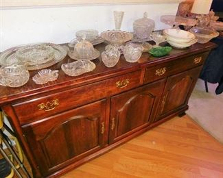 Lot of Fine China, Crystal, & Glassware