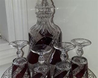 Very nice barware,  mid-century decanter and goblets, clear and ruby.
