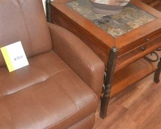2ND END TABLE AND TABLE LAMP, LEATHER RECLINER