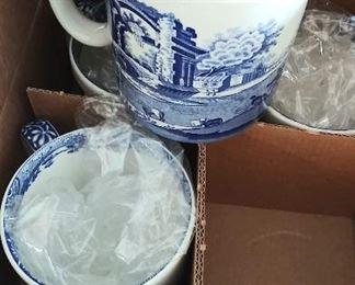 SPODE DESIGN ITALIAN BLUE & WHITE TAPESTRY CUP / MUG