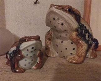 Made in Japan ceramic frog pair