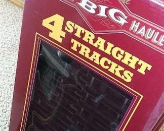 Bachmann train tracks