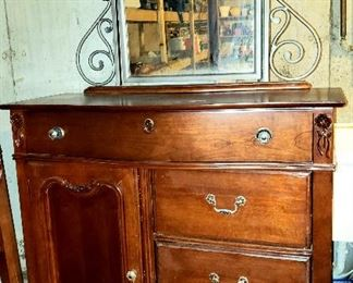Three drawer & door chest has matching ..........
