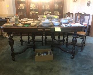 vintage dining table, dining chairs