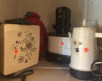 small electric kitchen appliances-coffee makers, slow cookers, waffle irons and more