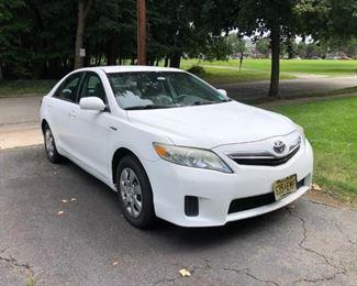 2010 Toyota Camry Hybrid  72,000 Miles