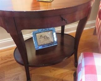 "Oval end Table w/ Single Drawer and open lower Shelf Baker Furniture Milling Road 29"" H x 30"" W x 22"" D"
