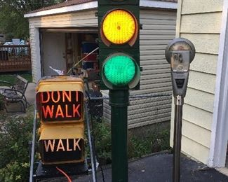Stop light, parking meter
