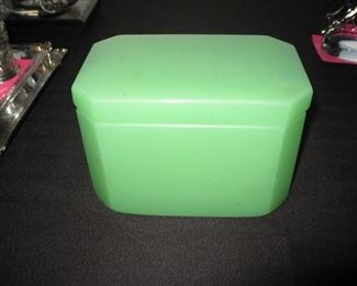 green opaline box with lid early 20th c.