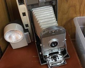 Vintage Land Camera w/case