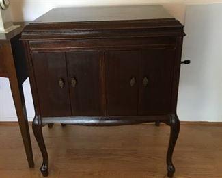 Vintage Victrola Cabinet (no Victrola)