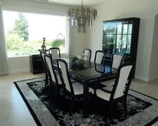 Broyhill Table 8 chairs Black Lacquer