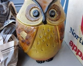 New old stock Owl cookie jar