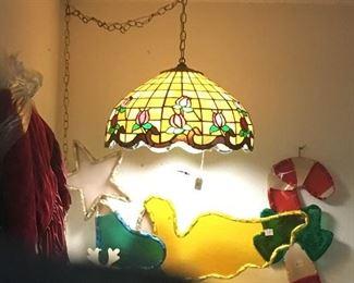 Hanging Tiffany Style lamp