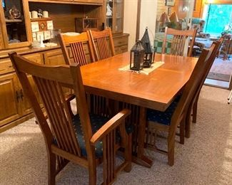Mission Syle Dining Room Table and 6 Chairs