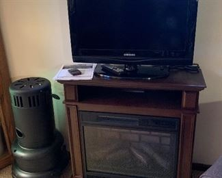 Electric Fireplace, Flatscreen TV