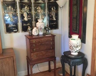 Hickory Chair Co Chinese Chippendale Silver Chest