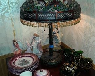 Exquisite Tiffany style lamp; luster plates, England; set of emersld green early american pressed glass