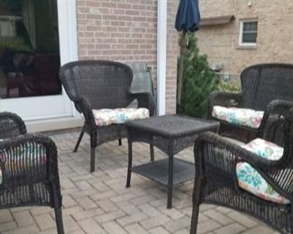 Pier 1 import outdoor Wicker furniture set