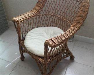 Wicker Chair https://ctbids.com/#!/description/share/235856