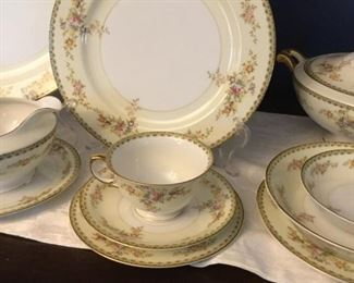 Hand Painted Meito China From Japan https://ctbids.com/#!/description/share/235812