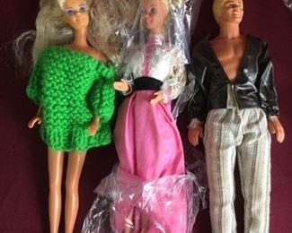 Huge Barbie Lot https://ctbids.com/#!/description/share/235831