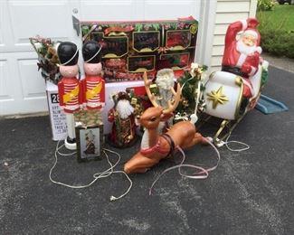 Christmas Already? https://ctbids.com/#!/description/share/235834