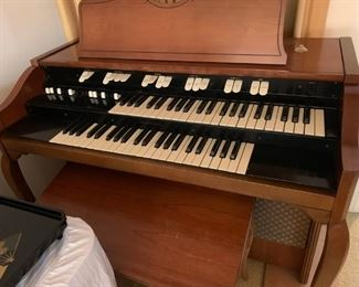 Vintage Hammond Organ. Available for pre-sale. Accepting offers now! 847-772-0404.