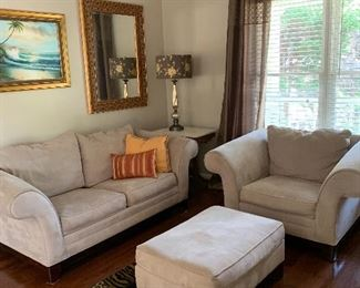 4 piece living room suite. $300